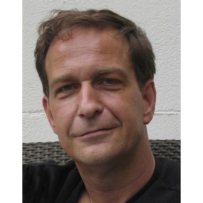 Stefan Glaenzer